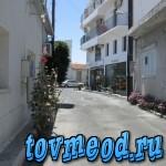 Узкие улочки в Ларнаке. Кипр